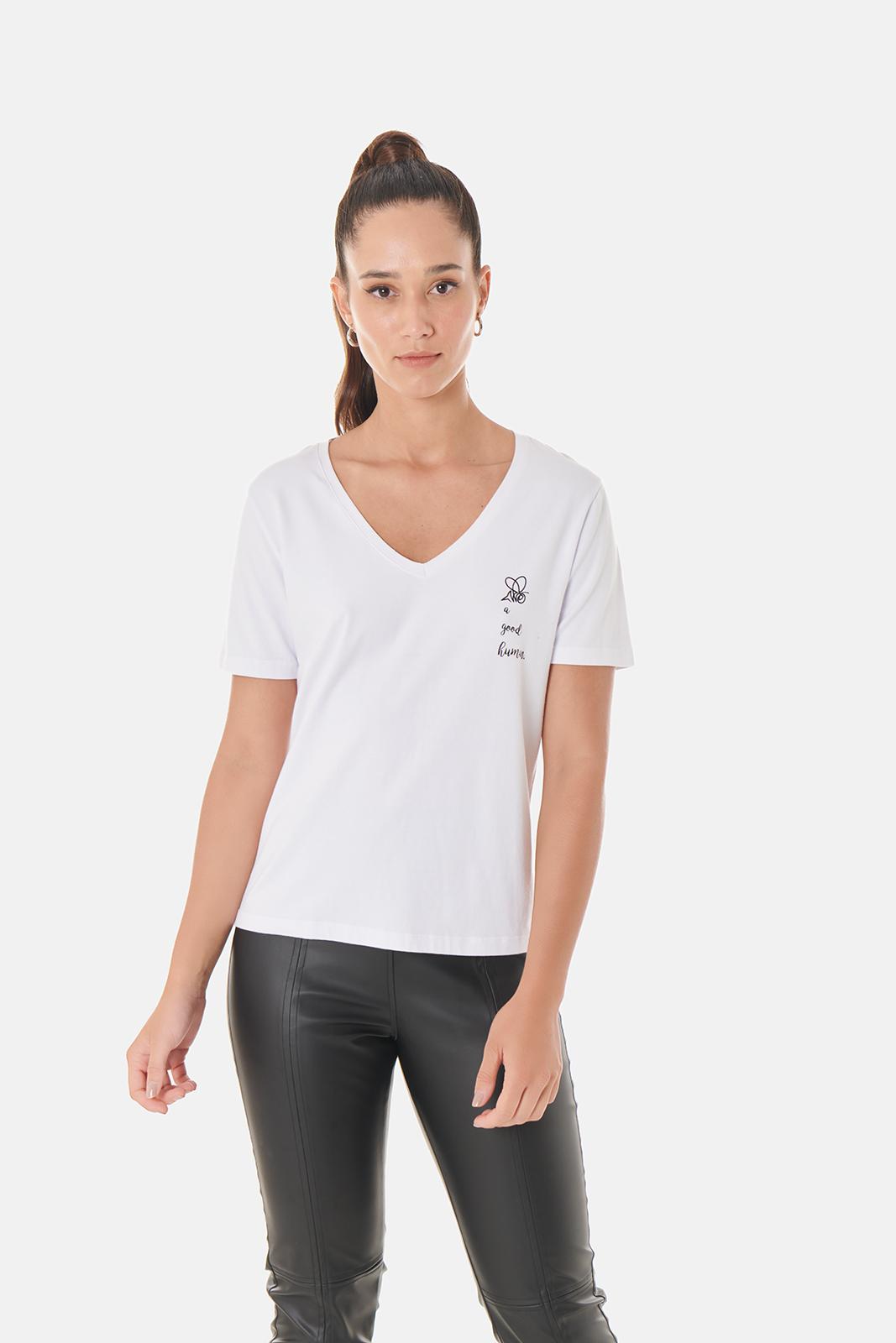 T-shirt Good Human