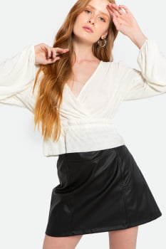 Blusa Serinah transpassada malha texturizada