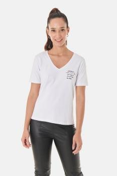 "T-shirt ""Faz Falta"""
